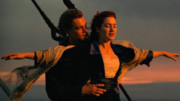 Апрель: Рядом, далеко, повсюду, они — Эрна Ратт (Erna Rutt), 86 лет, и Альфред Келбеч ( Alfred Kelbch), будут всегда продолжать исполнять роль Леонардо Ди Каприо и Кейт Уинслет из фильма «Титаник».