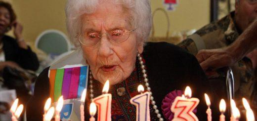 Как жить долго и счастливо: 100 советов от столетних